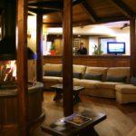 Hotel Alaska hall