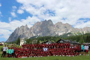 Acampamento do AC Milan em Cortina d'Ampezzo Alpes Dolomitas